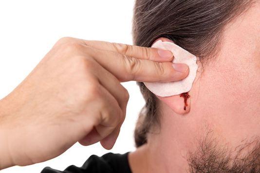 Écoulement d'oreille