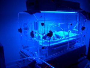 Photothérapie et photochimiothérapie par ultraviolets (Suite)